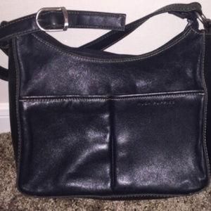 BLACK HUSH PUPPIES SHOULDER BAG